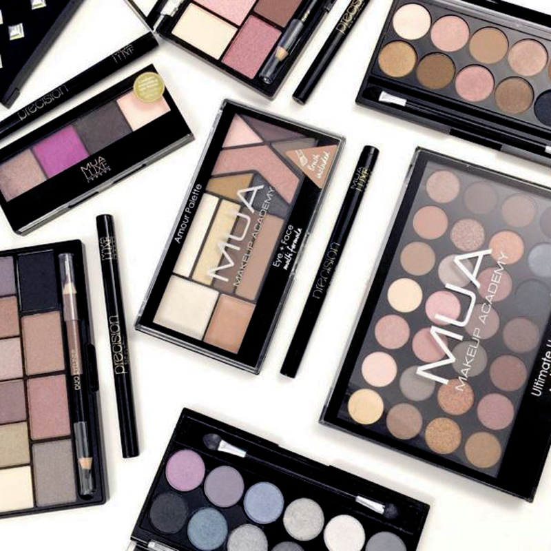B Now Handles Beauty Pr For Mua